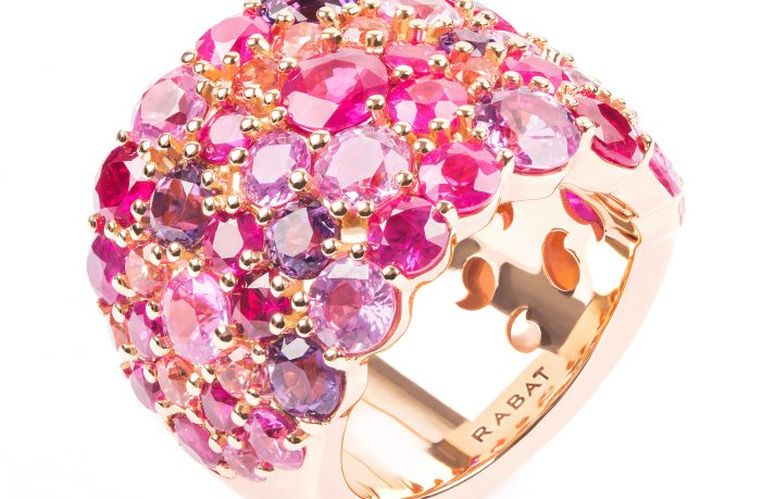 RABAT. Anillo de oro rosa con rubíes, zafiros rosas, amatistas y topacios talla brillante - 9.795€